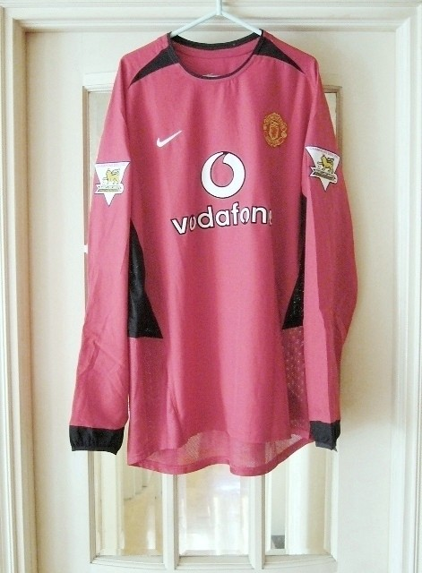 03-04 Manchester United Home Rio Ferdinand Match Issue Shirt