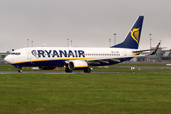 EI-EML Ryanair B737-800 Dublin Airport (Vanquish-Photography) Tags: dublin canon photography eos airport ryan aviation railway taylor 7d ryanair ryantaylor vanquish b737800 eieml vanquishphotography