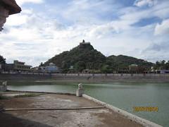 IMG_2014 (velang) Tags: thirukalukundram sangutheertha kulam