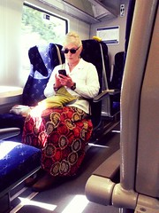Blondie (Bricheno) Tags: train paisley glasgow shades sunglasses skirt blonde woman milf gilf girl candid text bricheno scotland escocia schottland cosse scozia esccia szkocja scoia
