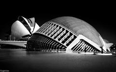 L'Hemisfric, Ciutat de les Arts i les Cincies. Valencia. (Eugercios) Tags: ciutat de les arts cincies ciudad las artes y ciencias lhemisfric valencia comunidadvalenciana comunitatvalenciana espaa espanha europa europe spain cityscape city calle cidade landscape arquitectura architecture arte art