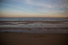 Lugares (Places) (Dibus y Deabus) Tags: gijon gijn asturias espaa spain cielo sky nubes clouds playadesanlorenzo amanecer dawn canon tamron playa beach 6d