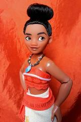 Moana (ozthegreatandpowerful) Tags: disney store moana doll 2016 classic ds movie polynesian princess bun