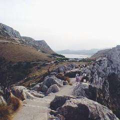 vscocam #capdeformentor #paisaje #landscape #montaa #mountain... (pitercatorce) Tags: mountain landscape spain paisaje verano summertime mallorca spagna monta majorka capdeformentor vscocam uploaded:by=flickstagram instagram:venuename=capdeformentor instagram:photo=813516469941608754254644903 instagram:venue=223940462 turistasdepacotilla