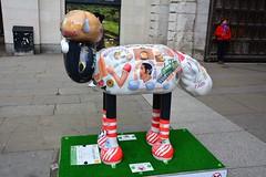 London, Shaun In The City, Literary Lamb By P J Crook (Martin Pettitt) Tags: city uk london spring capital april dslr londoncity shaunthesheep pjcrook ardman afsdxvrzoomnikkor18200mmf3556gifedii sculpturetrails nikond7100 shauninthecity literarylamb