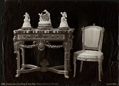 "J. Laurent y Cia., ""Console, chaise et porcelaines du Buen Retiro (Casino du Prince  lEscurial)"" (copia positiva, 1878-1881) (Museo del Romanticismo) Tags: jean museo historia laurent xix fotografa siglo romanticismo"