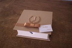 Lembrancinha Sofisticada para chegada do Joo: Bloco caixa e bloco com lao. (Mimos Art - Para mames e noivas) Tags: lembrancinhamaternidade menino bege marrom blocodeanotao lembra