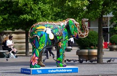 Herd of Sheffield elephant sculptures (4) (Simon Dell Photography) Tags: herdofsheffield herdof sheffield herd eliphants statues town city sculptures colorfull awsome 2016 trail see find them locations