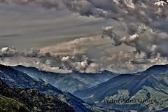 Nubes y Montaas (Pedro Pablo Orozco) Tags: colombia antioquia caon cielo nubes montaas sky clouds paisaje landscape
