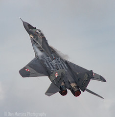 """Mikoyan MiG-29 """"Fulcrum""""   Vertical (Dan Martins1) Tags: jet jets fighter display riat riat2016 motion reheat burners military fairford flight plane airshow power engines polishairforce polish mig mig29 wings"""