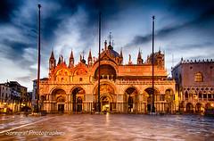Basilica San Marco (Soregral) Tags: night venise place ciel church italie italia nuages nuit orange clouds longexposure sanmarco basllique sky light lumire glise venice profondeurdechamp
