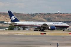 N745AM Boeing 777 Madrid Barajas Airport 27th May 2014 (_Illusion450_) Tags: aeropuerto adolfosuárezmadrid–barajasairport adolfosuárez madridbarajasairport adolfo suárez madrid–barajas airport madridairport 27514 270514 n745am aeromexico boeing777 b777 boeing