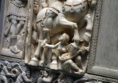 Statue in avorio antico