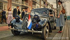 Re-enacment of Liberation Groningen stad 1945 ,the Netherlands,Europe (Aheroy(2Busy)) Tags: history actors europe wwii ww2 groningen 1945 secondworldwar dutchflag groningenstad tonemapped reenacment paterswoldseweg citroentractionavant aheroy aheroyal 70jaarbevrijding liberationofgroningen bevrijdinggroningen70nl
