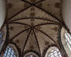 Another Ceiling (katrin glaesmann) Tags: lübeck marienkirche sanktmarien photowalkmitmichi stmarienzulübeck 12771351 bürgerundmarktkirche brickgothic backsteingotik