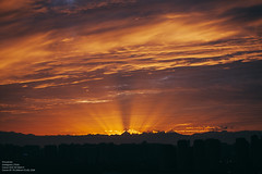 (muzinan) Tags: sun nature sunset sky       city