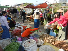 Kalaw (simo2582) Tags: people asian asia burmese shanstate shan birma birmania burma myanmar market kalaw human trade typical hilltribes tribes mountain hillstation village countryside travel reise blick unterwegs world traditional 5daysmarket groceries street