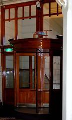 ...Revolving door... (cegefoto) Tags: rotterdam thenetherlands hotelnewyork revolvingdoor architectuur jugendstil tdd draaideur