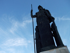 Minerva en la azotea (srgpicker) Tags: madrid nikon s01 cba minerva escultura sculpture circulobellasartes azotea