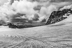 Infinite ice (Davide Tessaro) Tags: adamello ghiacciaio glacier alps italy mountains clouds hiking mountaineering