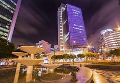 San Isidro - Lima (Gian Gallardo) Tags: building peru night noche san lima 14 edificio mm isidro eru 14mm samyang rokinon