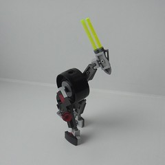A basic technoid (Tails-N-Doll) Tags: robot lego bionicle technoid
