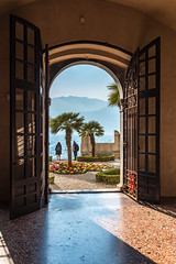 The Room with the Lake View .. and the Garden and the Mountains! (Mdarkbyte) Tags: malcesine italia italy garda see lake italien gardasee view ausblick garden garten pflanzen wasser berge frhling spring mrz 2016 blten sonne sun door gardening backyard nikon d750 plants water europe europa springtime mmmomentaufnahme journey reise trip tren licht light urlaub tfpreise tfp palazzo