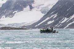 7-16-zodiacinice-2936 (h.redpoll) Tags: fugelfjord norway svalbard zodiac driftice glacier