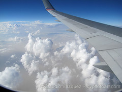 IMG_8992- Flying back (Claudio Vzquez @ cvphotoart) Tags: argentina buenosairesprovince provinciadebuenosaires canonsx20 canons110