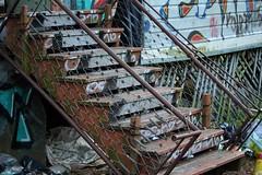 IMG_0157 (www.ilkkajukarainen.fi) Tags: abandoned house aave kaupunki kummitus heteka sänky sisäänkäynti suomi finland helsinki emty old tyhjä scandinavia europa eu spook