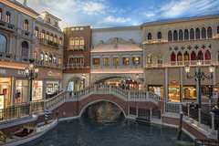 Shops at Venetian (Hiking Mountains) Tags: hotel nikon lasvegas nevada casino staircase shops gondola venetian waterway nikkor2470 nikon247028
