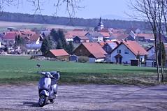 Am Fue des Stoppelsberges (Uli He - Fotofee) Tags: nikon uli ulrike frhling nikon90 fotofee ulrikehe ulihe