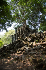 Beng Mealea temple (Ring a Ding Ding) Tags: canon temple ruins asia cambodia unescoworldheritagesite siemreap angkor hinduism