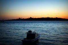 Temmuz'da Akam (Celalettin Gne) Tags: city travel sunset sea sky water architecture turkey istanbul mosque ottoman sandal bosphorus slieut