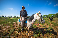 Cuban guajiro - cowboy life (Catherine Gidzinska and Simon Gidzinski/grainconno) Tags: 2016 cuba cuban cubano gadventures holidays travel vinales viales cowboy gaucho guajiro horse man people pinardelro cu