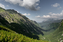 Dolina Roztoki (czargor) Tags: outdoor inthemountain mountians landscape nature tatry mountaint igerspoland