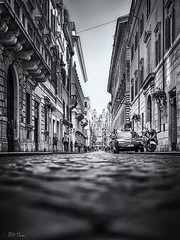 The Street. (Bill Thoo) Tags: viadeicondotti lazio rome roma italy street cobbles urban city travel monochrome blackandwhite ngc panasonic gf1 20mm spanishsteps