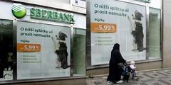 Avec un tel taux.... (patrick2211(ex Drozd1)) Tags: républiquetchèque banques humour
