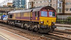 66198 (JOHN BRACE) Tags: 2000 gmemd london canada built co class 66 loco 66077 seen stratford english welsh scottish livery 1401 dagenham didcot car train passing 1429