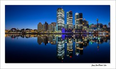Skyscraper (jongsoolee5610) Tags: sydneynight night darlingharbour sydney australia skyscraper reflection city daybreak