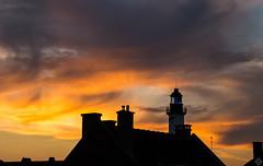 DSC08650 (mortelette.david) Tags: loxia250 zeiss phare headlight lighthouse nuage manuallens cloud light lumire coucherdesoleil sunset sky ciel loxia sony gravelines nord france 50mmf2 littoral