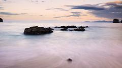 Siempre el mar (Carpetovetn) Tags: espaa costa marina mar agua europa playa amanecer cantabria castrourdiales cantbrico largaexposicin d610 marcantbrico nikon24mm
