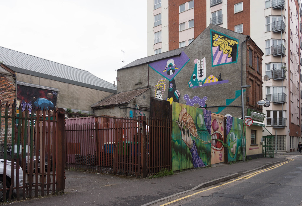 Street Art In Belfast [May 2015] REF-104687