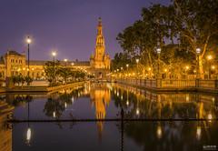 Sevilla 008 (-COULD 2.0) Tags: sigma1750 sevilla andalucia arquitectura parque night noche nocturna spain espaa canon650d