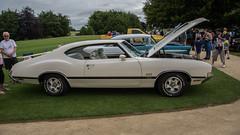 Sherborne Castle Classic & Supercar Show 038 (Matt_Rayner) Tags: oldsmobile 442