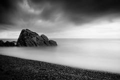 Soothing Sea (johnsteelephoto) Tags: nikonf4 kyungju leefilters leebigstopper tmax100