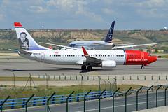Norwegian Air Suttle Boeing 737-8JP LN-DYM Andre Bjerke (EK056) Tags: airport air andre norwegian boeing suttle bjerke madridbarajas 7378jp lndym
