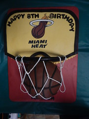 Miami Heat backboard cake (GRAMPASSTORE) Tags: birthday chicago sports boys basketball cake hoop backboard logo store miami guys il heat skateboard blackhawks grampas 60525