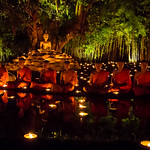 The evening candle-lit ceremony at Wat Phan Tao celebrating Makha Bucha Day 2015-25 thumbnail