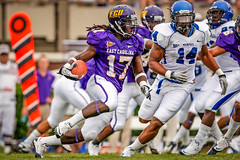 ECU Football '10 (R24KBerg Photos) Tags: ecu eastcarolina eastcarolinauniversity eastcarolinapirates ecupirates football canon dowdyficklenstadium greenvillenc athletics ncaa americanathleticconference pirates america americanflag usa dwayneharris newyorkgiants 2010